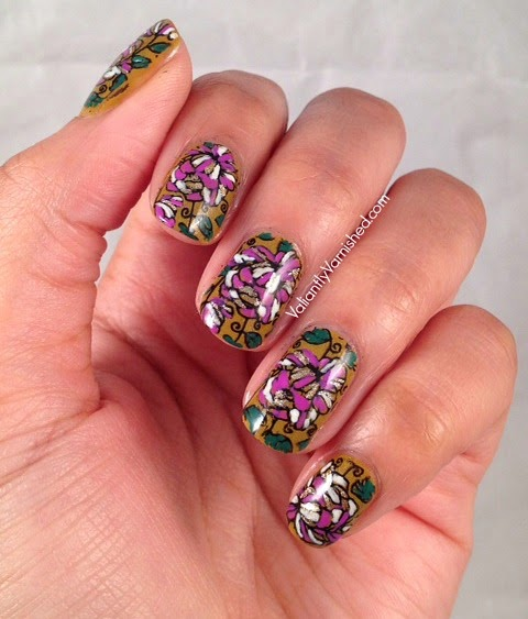 31DC-Day14-Floral-Nails-Pic1.jpg
