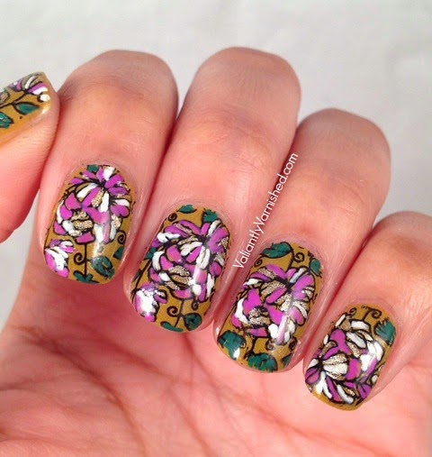 31DC-Day14-Floral-Nails-Pic2.jpg