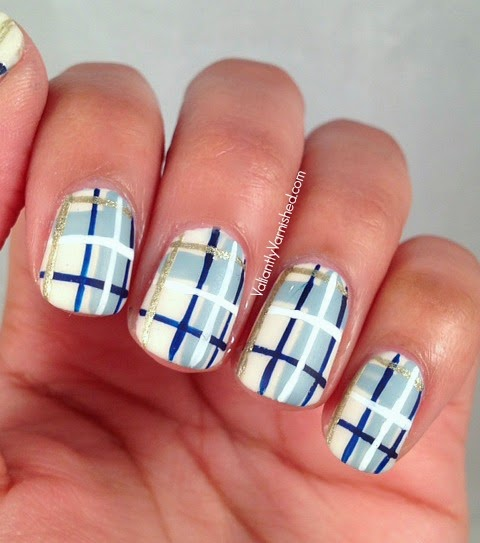 31DC-Day-12-Stripe-Nails-Pic2.jpg