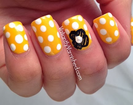 marc jacob honey nail art polka dots flowers
