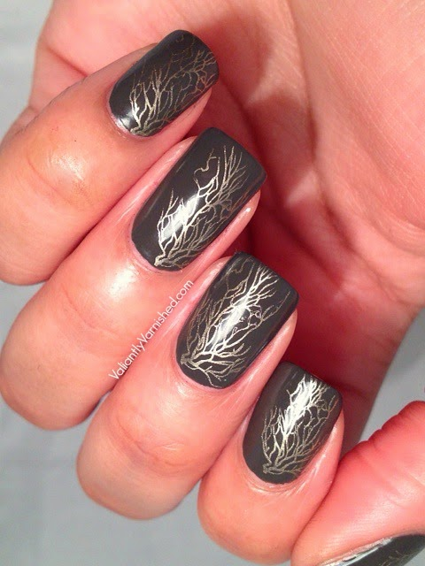 Golden-Vine-Nail-Art-Pic2.jpg