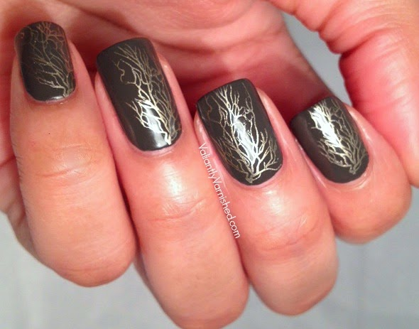 Golden-Vine-Nail-Art-Pic3.jpg