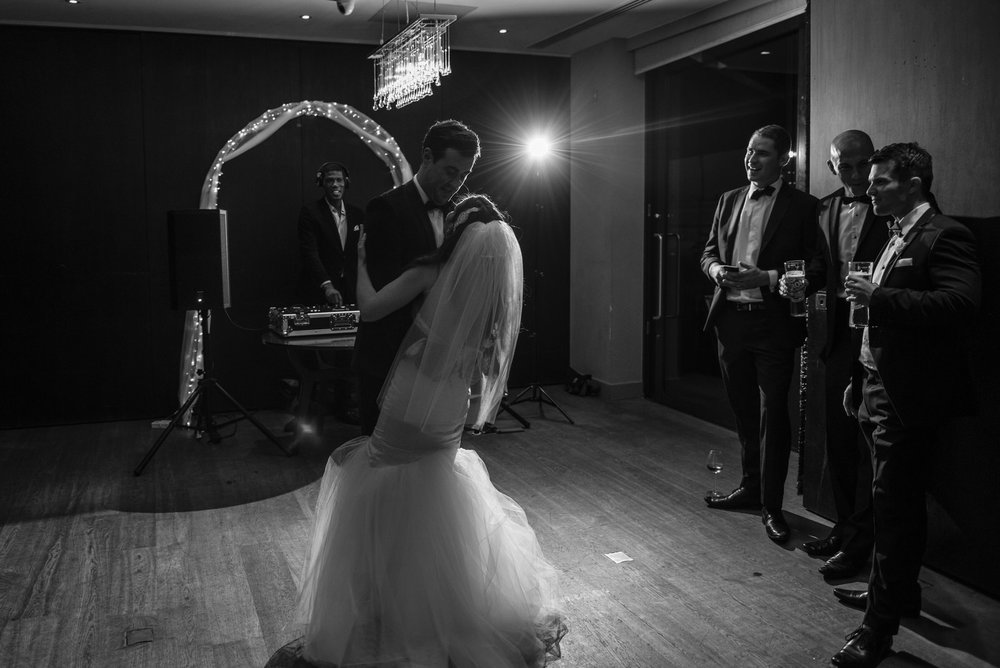 Anna&Oli-Dancing-4.jpg