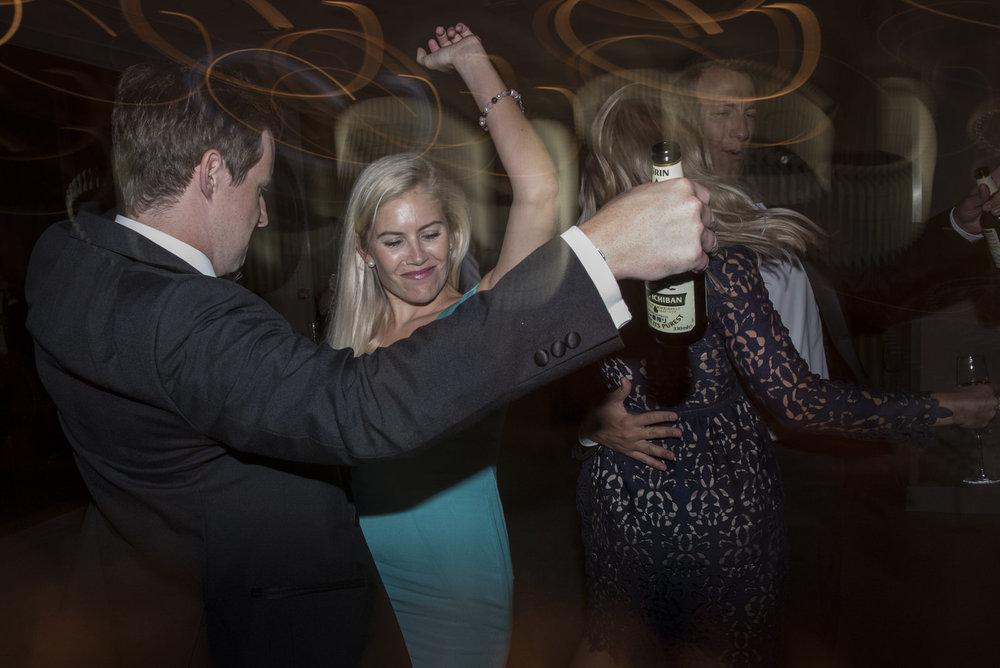 Anna&Oli-Dancing-62.jpg