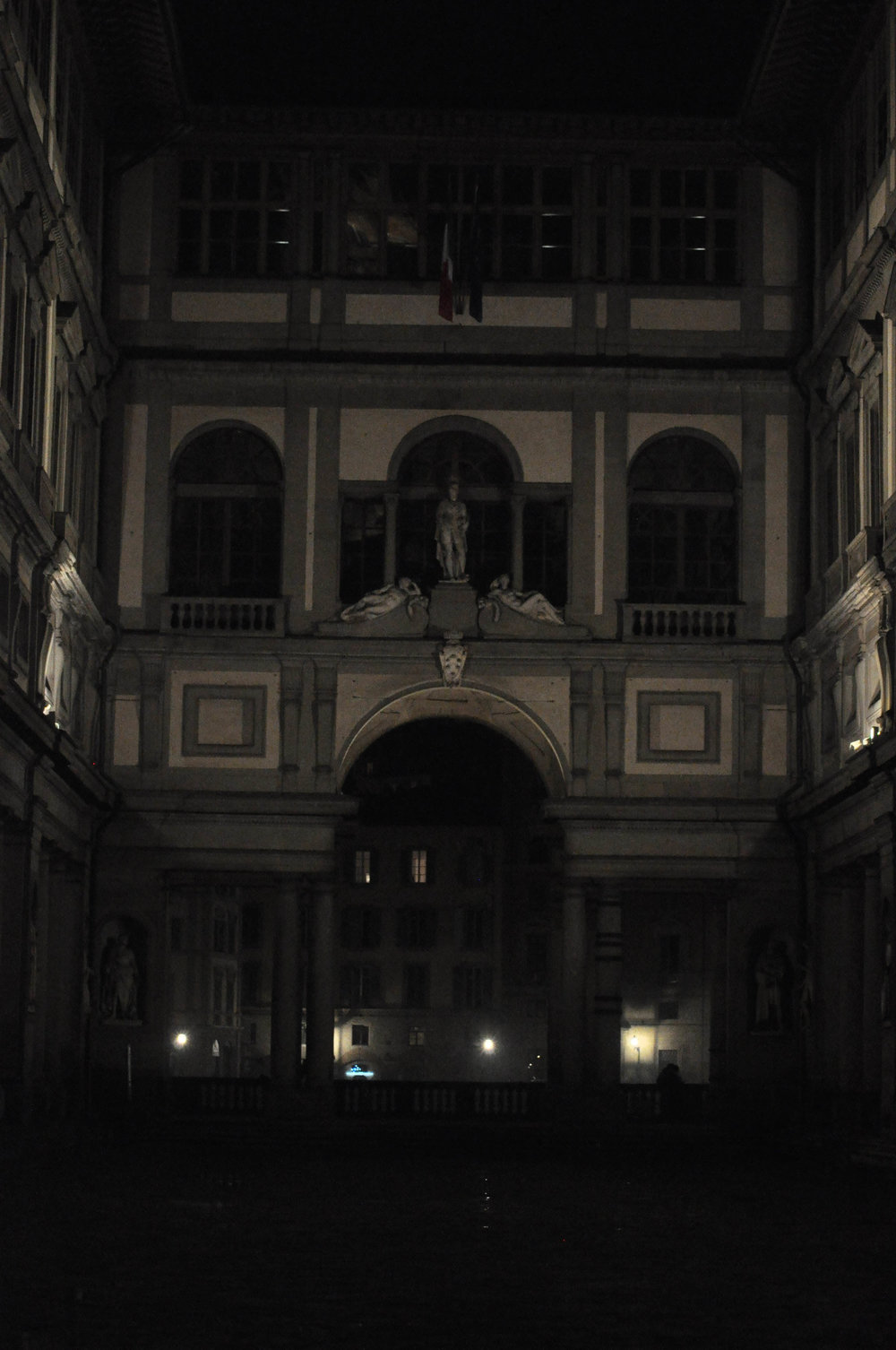 FlorenceatNIght-7.jpg