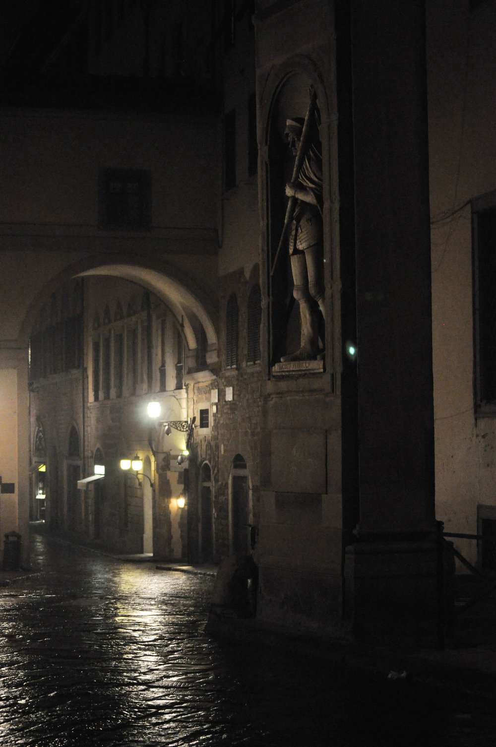 FlorenceatNIght-11.jpg