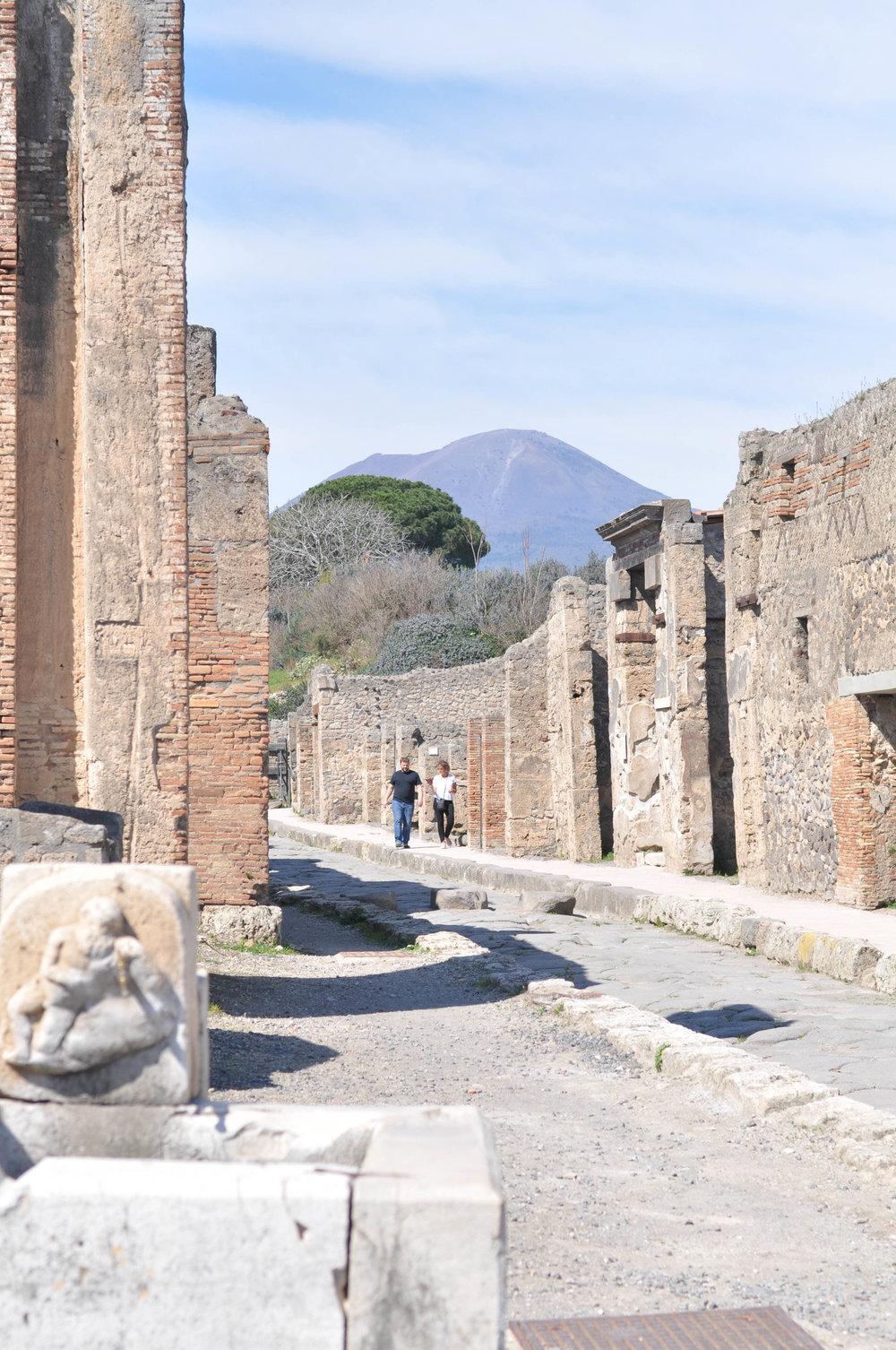 AmalfiCapriPompeii-100.jpg