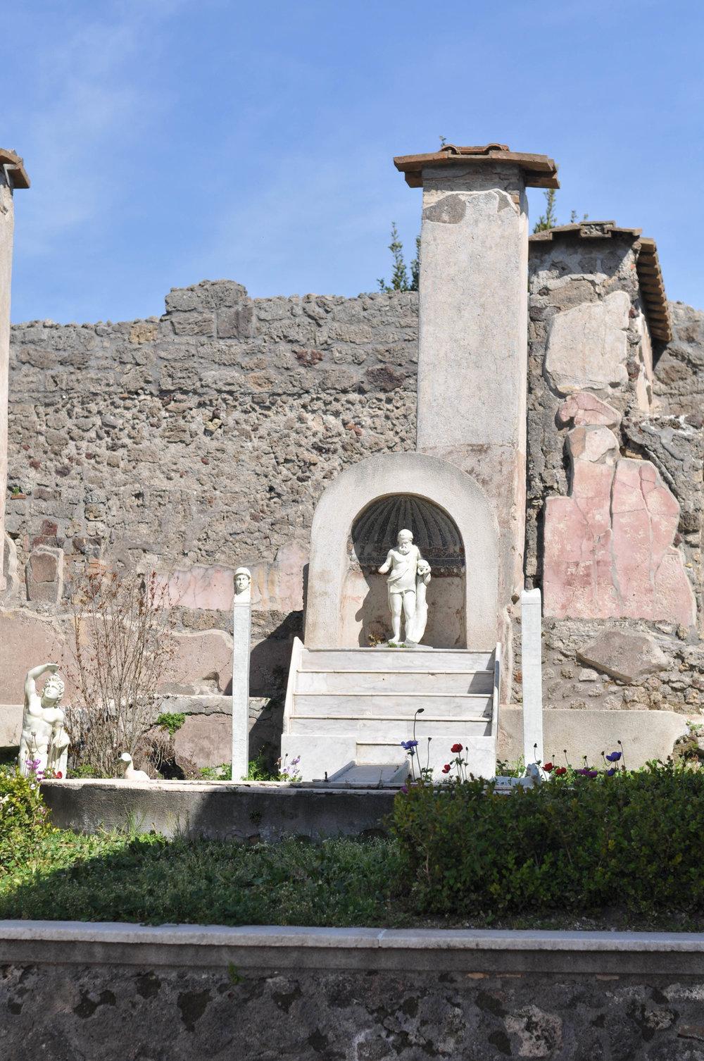 AmalfiCapriPompeii-102.jpg