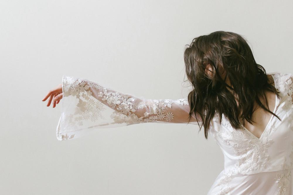 finery-boutique-huntsivlle-alabama-bohemian-wedding-shop-odylyne-the-ceremony-yolan-cris-bride-bridal-yaki-ravid-berta-calla-blanche-lookbook-cool-nashville-tenessee-alyse-bell-sleeve