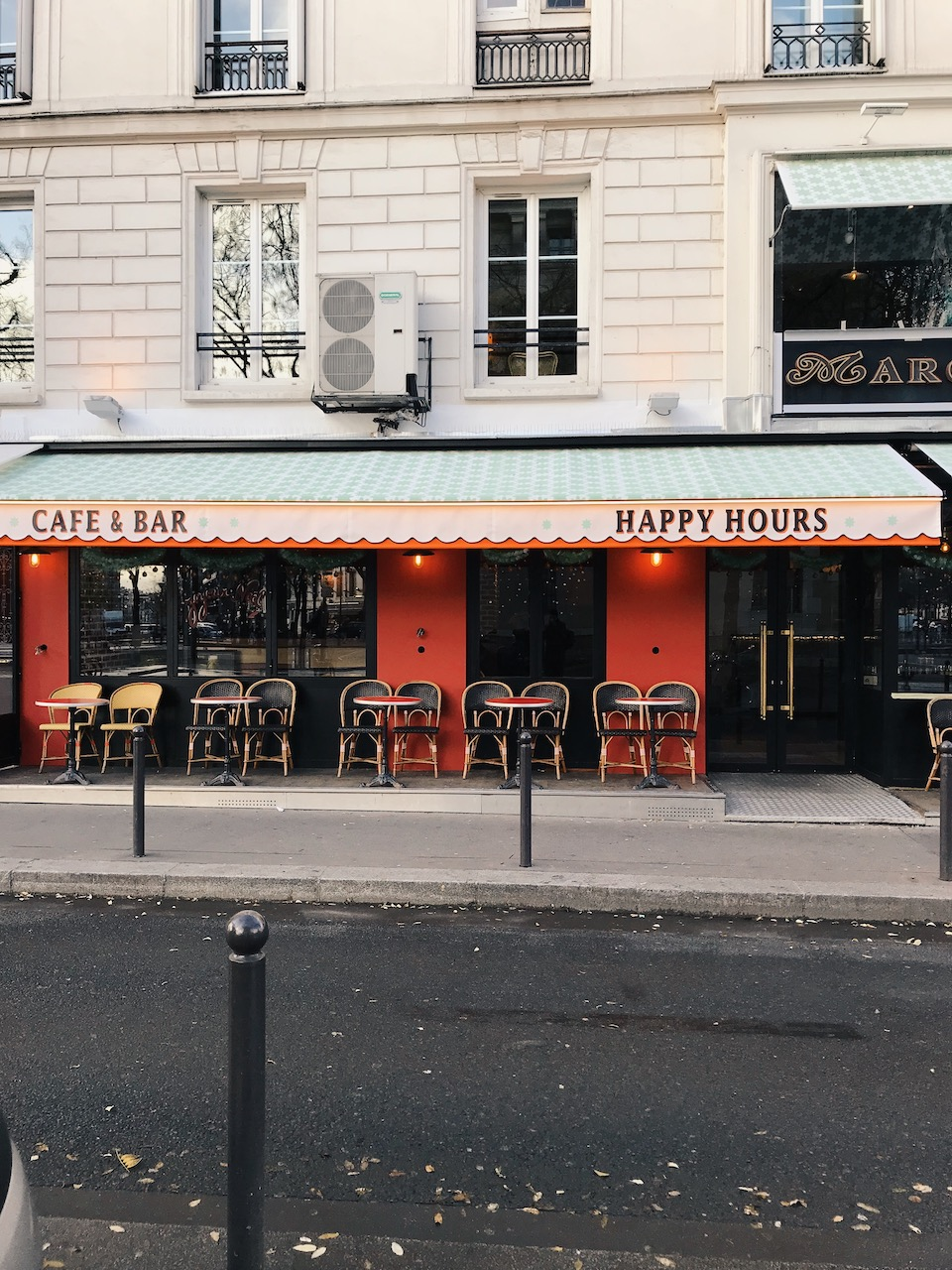 Side walk cafés in Paris.