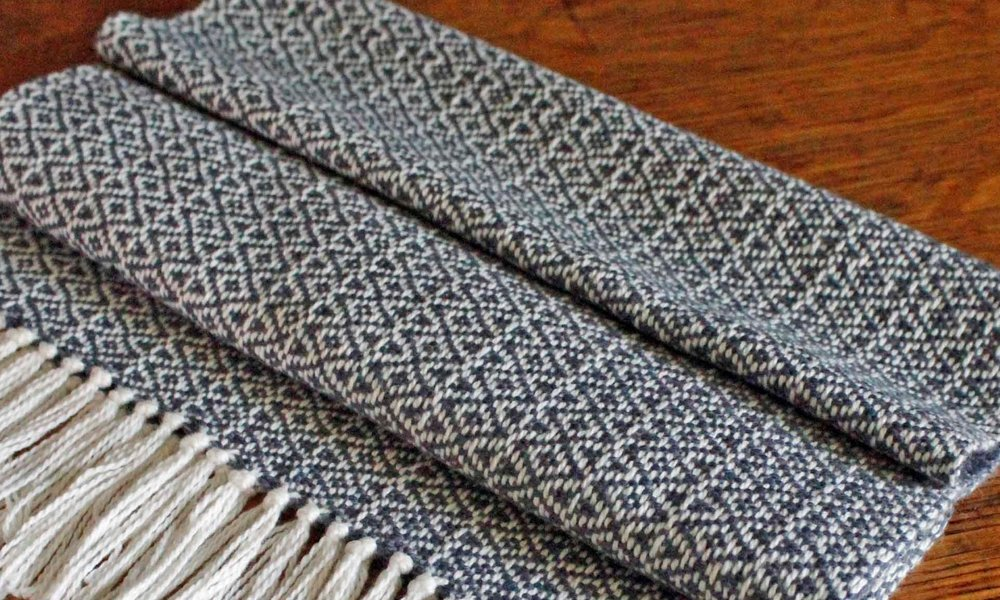 Sarah Parys is a fiber artist whose relationship to weaving has become a meditative one. She makes functional objects that evoke her attachment to repetition and thinking with her hands.