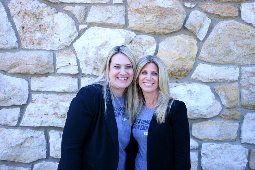 Celeste Gehring and Laura Okmin (BSJ 1991) founded GALvanize, a media boot camp for women in the sports industry. They organized a boot camp at Stauffer-Flint in September.
