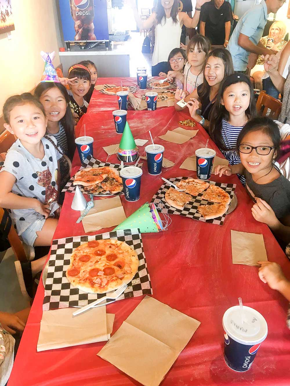 sophies-pizzeria_kids-birthday-pizza-party-1.jpg