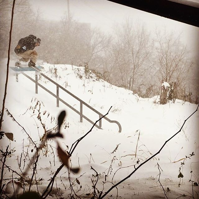 Warm up ollie at the Hudson Rail Gardens in West New York NJ. #shred #nyc #jonas #icecoast #romesnowboards #shredshare #sharetheshred #caroool #rideshare #sharingeconomy