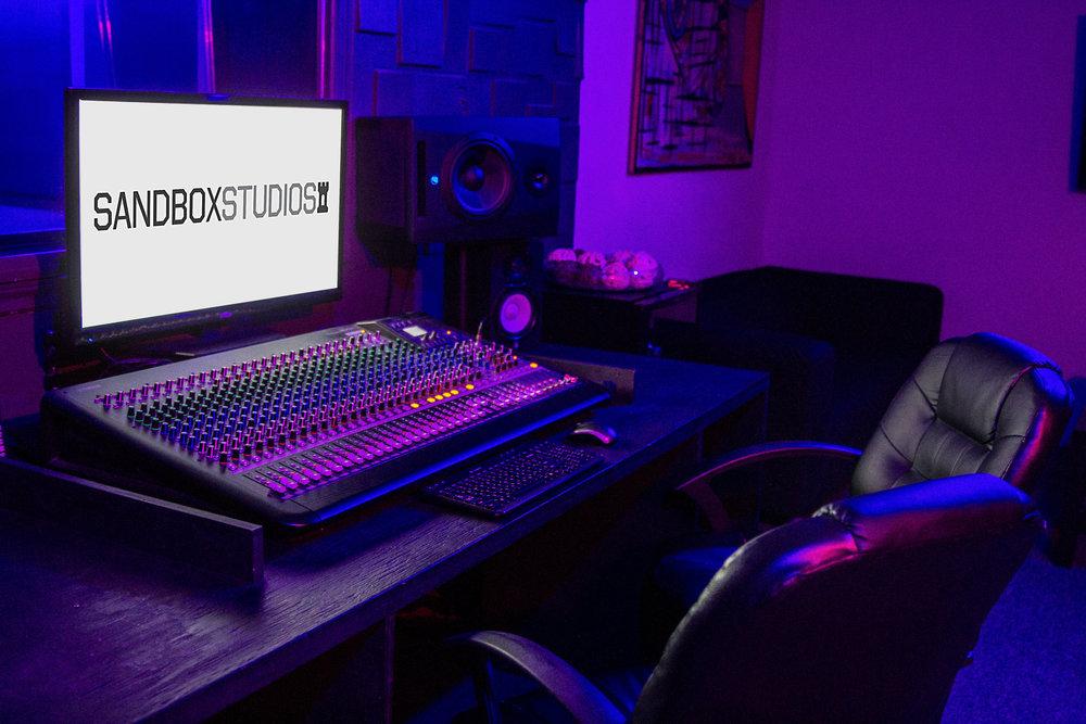 Studio 1 -