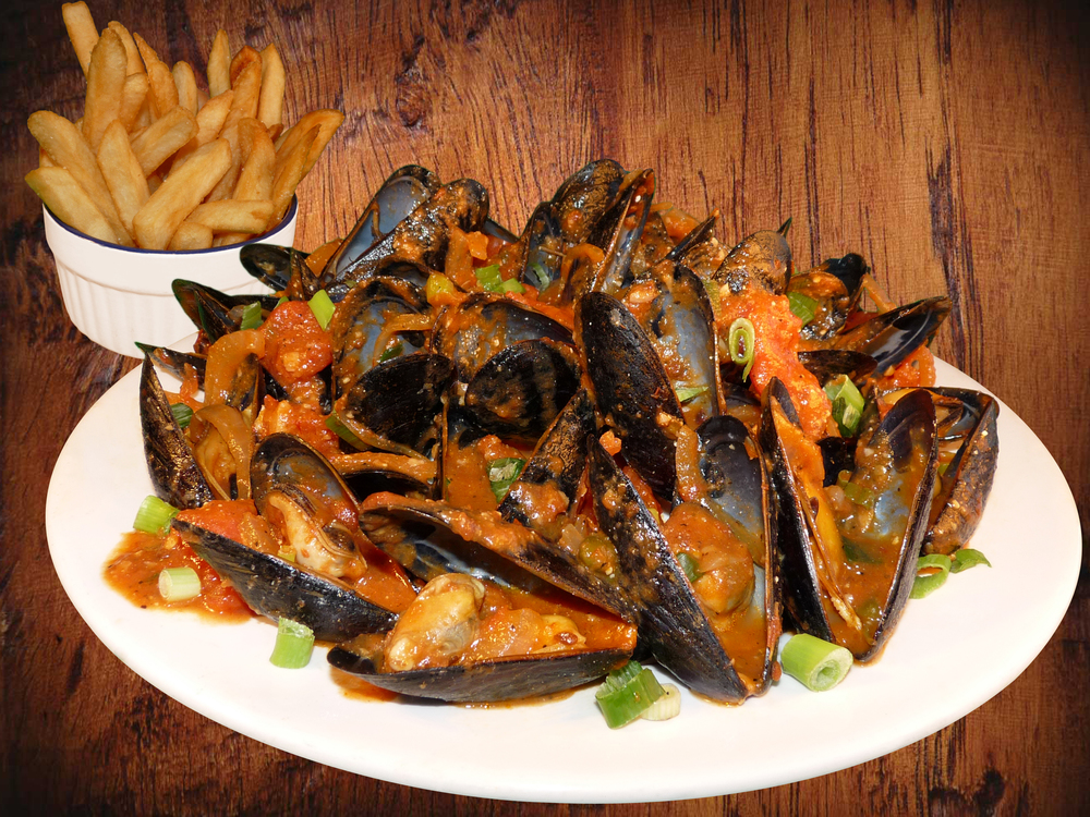 BACKGROUND - Red Mussels + Fries.jpg