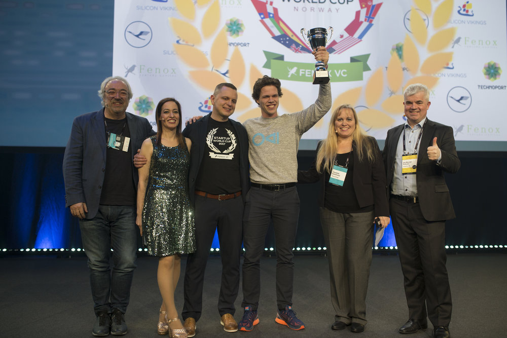 Charlotte Danielsson pictured here with the winner of the Norwegian national final of the Silicon Vikings Startup World Cup Competition that she organized