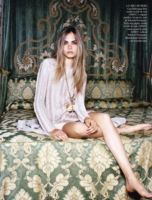 cara-delevingne-vogue-spain-january-2013-1