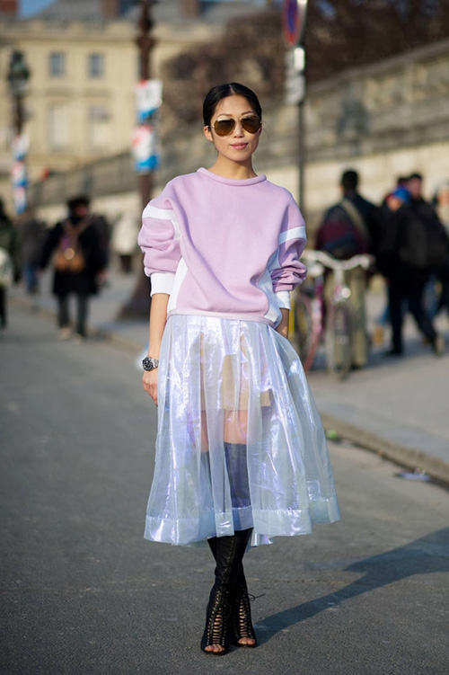 Radiant_Orchid_Street_Style_Vogue_Style_In_Lima