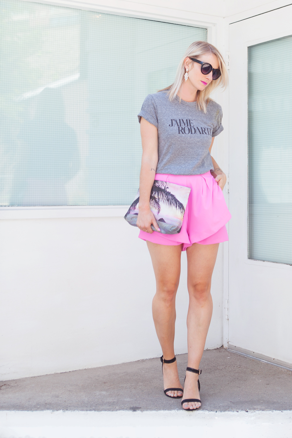 pinkladyshorts_feature