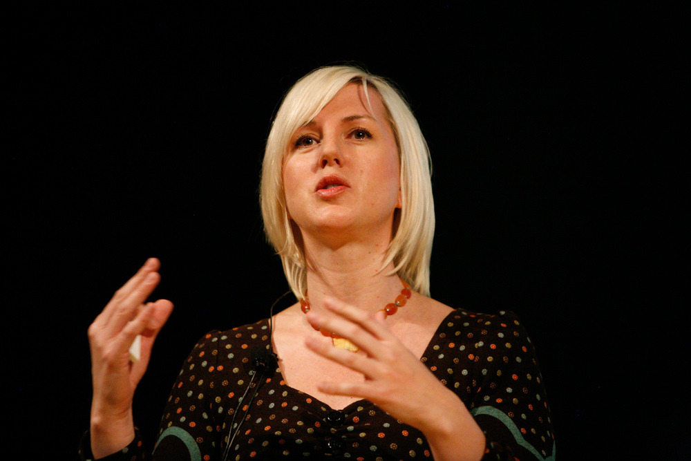 Tara speaking at Gnomedex in Seattle, USA.