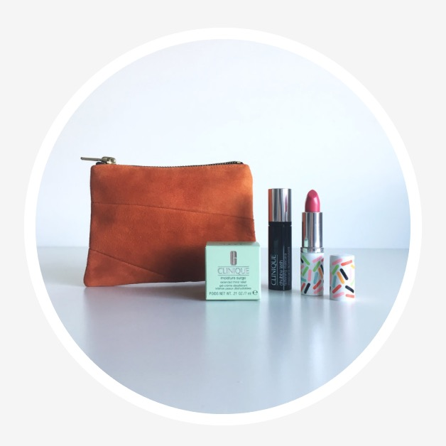 LUXURY GIFT SET  October 2017 Winner Lynne McEvoy