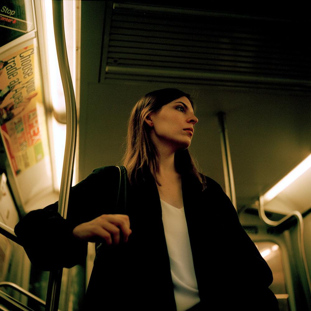Paula en el metro  , 2016