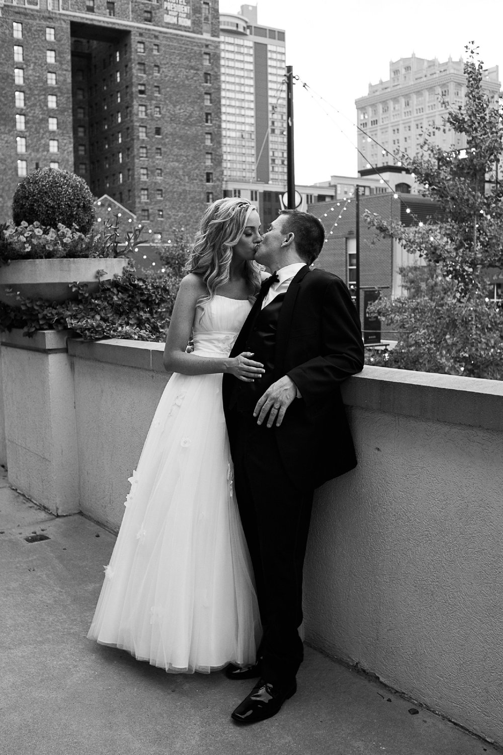 Wedding Portrait in downtown Kansas City by Merry Ohler
