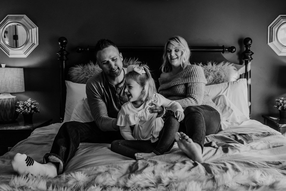 Lifestyle Maternity Photography in Kansas City by Merry Ohler (5)