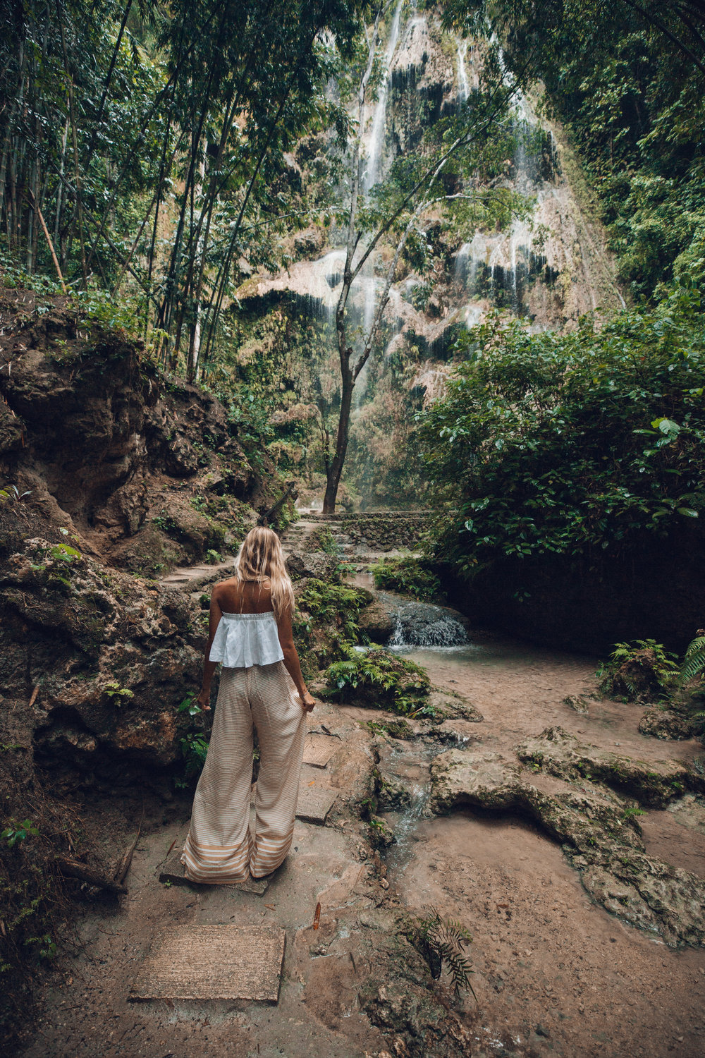 Waterfall wandering (wearing: Faithfull the brand)