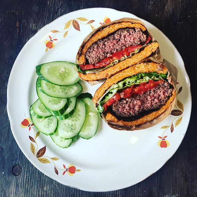 #paleo burger... Want this on the menu? Let me know in the comments.. 🍠🍔🍠 #glutenfree #gumfree #greaseboxoakland #cleaneating
