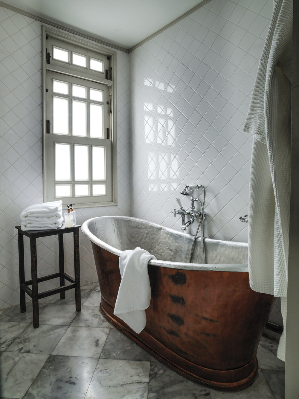 Cabochon Website -  3 Bedroom bathroom.jpg