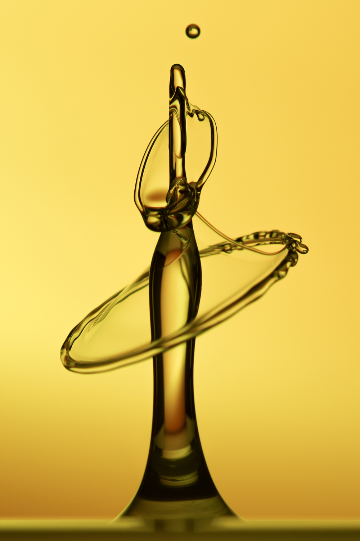 """Water Drop 5"" Gert & Claudio Dierks 84x126cm Fotografie auf Aluminium 1,200.-"