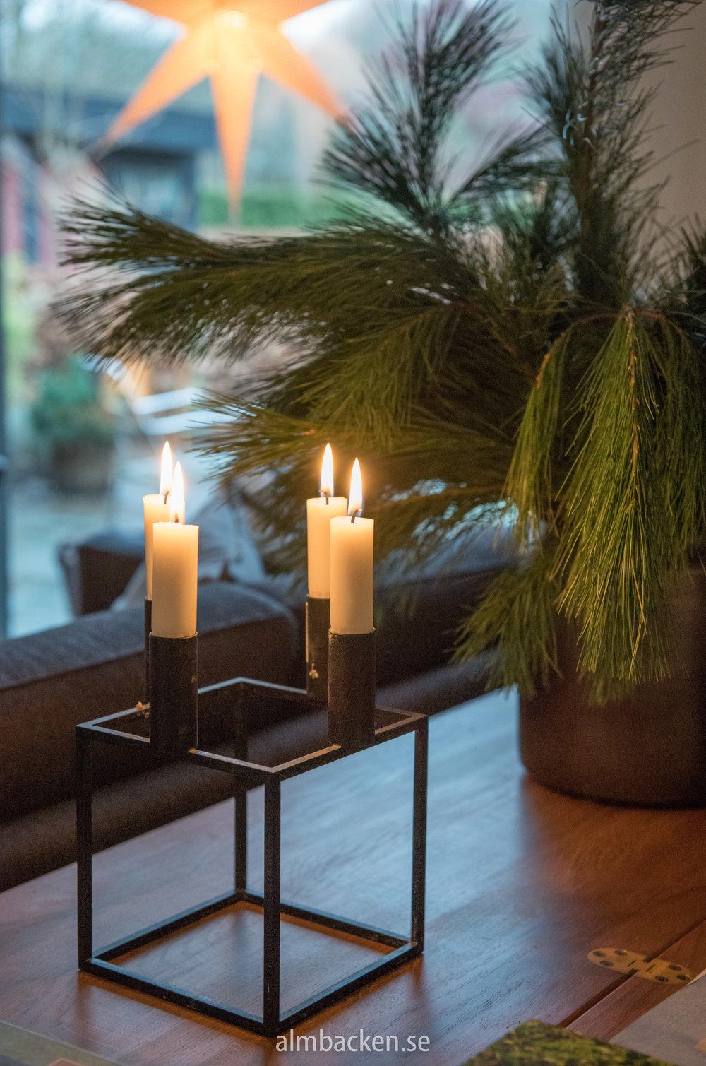 Ljusstake Kubus av Mogens Lassen.