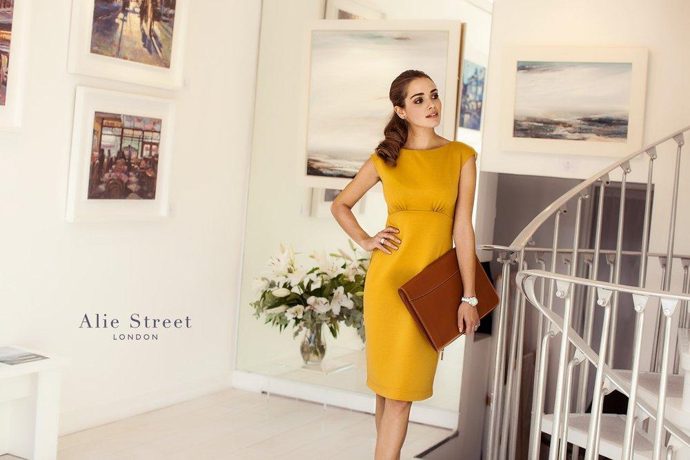 alie-street-london-ruth-rose-commercial-photographer-fashion-lookbook-street-chelsea-4.jpg