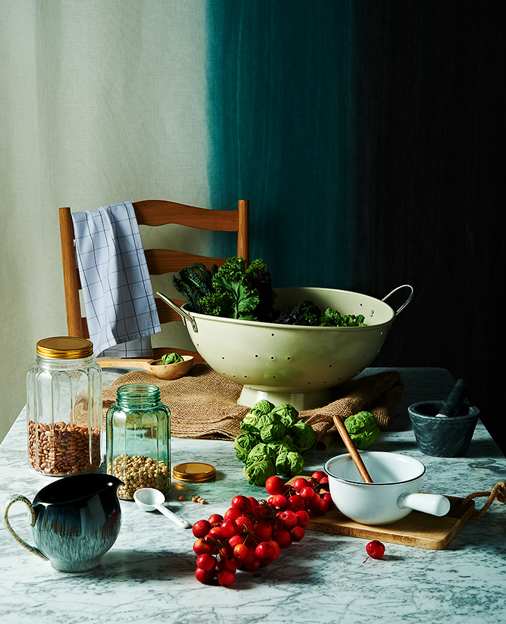 Still-life Photographer  / Tobi Jenkins