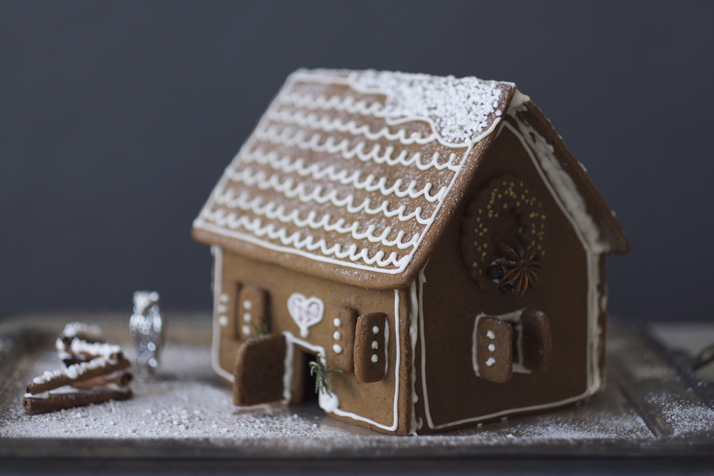 OWL Gingerbread House Kit