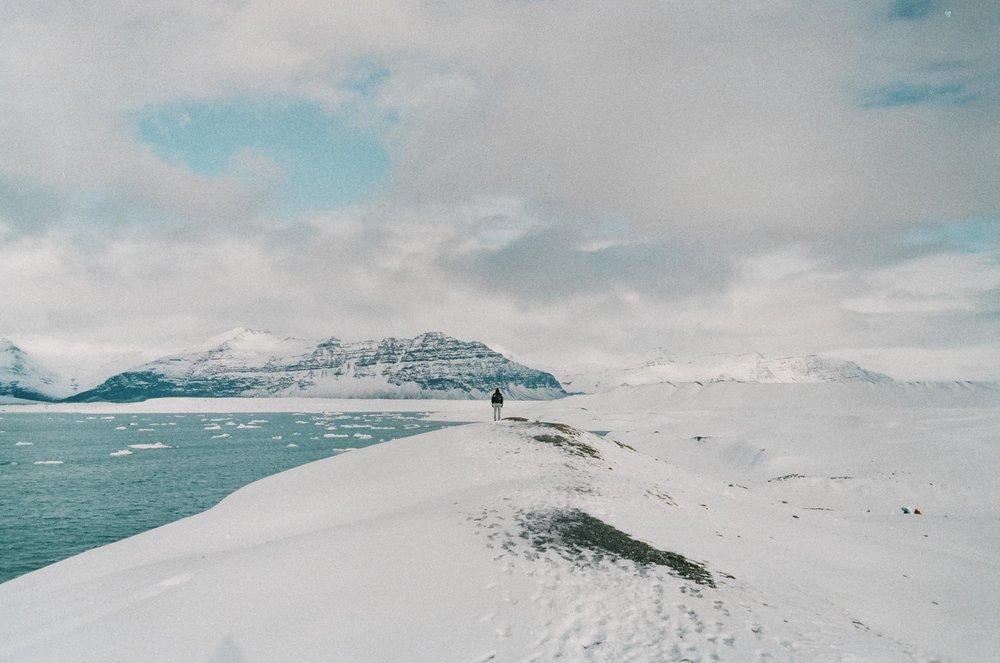 annadosenes-Travel Diary_Jokulsarlon-9.jpg