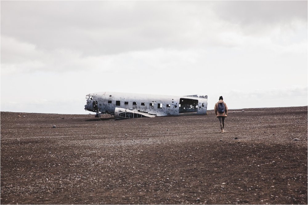 Iceland Vacation Summer, Elopement Photographer, Destination Wedding Photographer, Iceland Photographer, Iceland Elopement Photographer, Destination Wedding Photographer, Travel Wedding Photographer, Travelling Elopement Photographer, Danielle Salerno Photography, Sólheimasandur , Crashed DC Plane