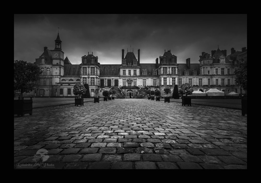 remicito photo, image du jour, photo du jour, idée cadeau, idée déco, gift idea, belle photo château, French castel, belle photo noir et blanc, acheter photo noir et blanc, acheter photo château, château de Fontainebleau
