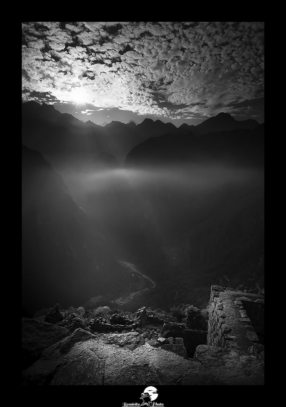 Remicito photo, remicito rémi lacombe photographe français, belle photo remicito photographe noir et blanc machu picchu, belle photo lumière machu picchu pérou, idée cadeau belle photo