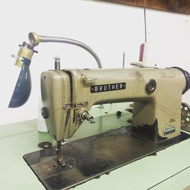 Our new shop came with this baby. Now to learn to sew... #newtoy #allstitchedup #retro #brother #sewing #machine