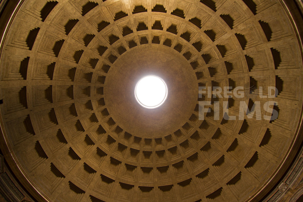 pantheon-ceiling