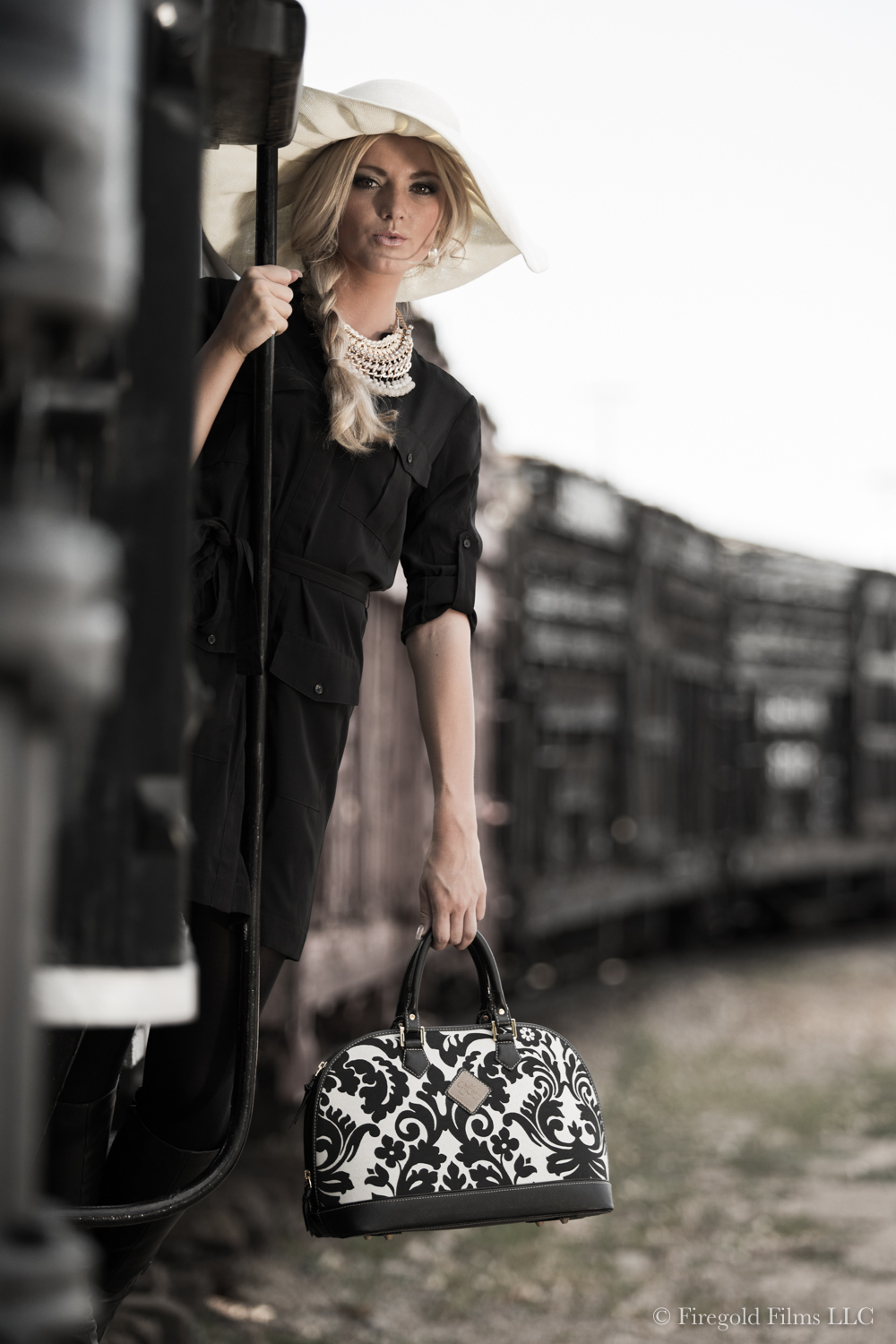 girl-on-locomotive