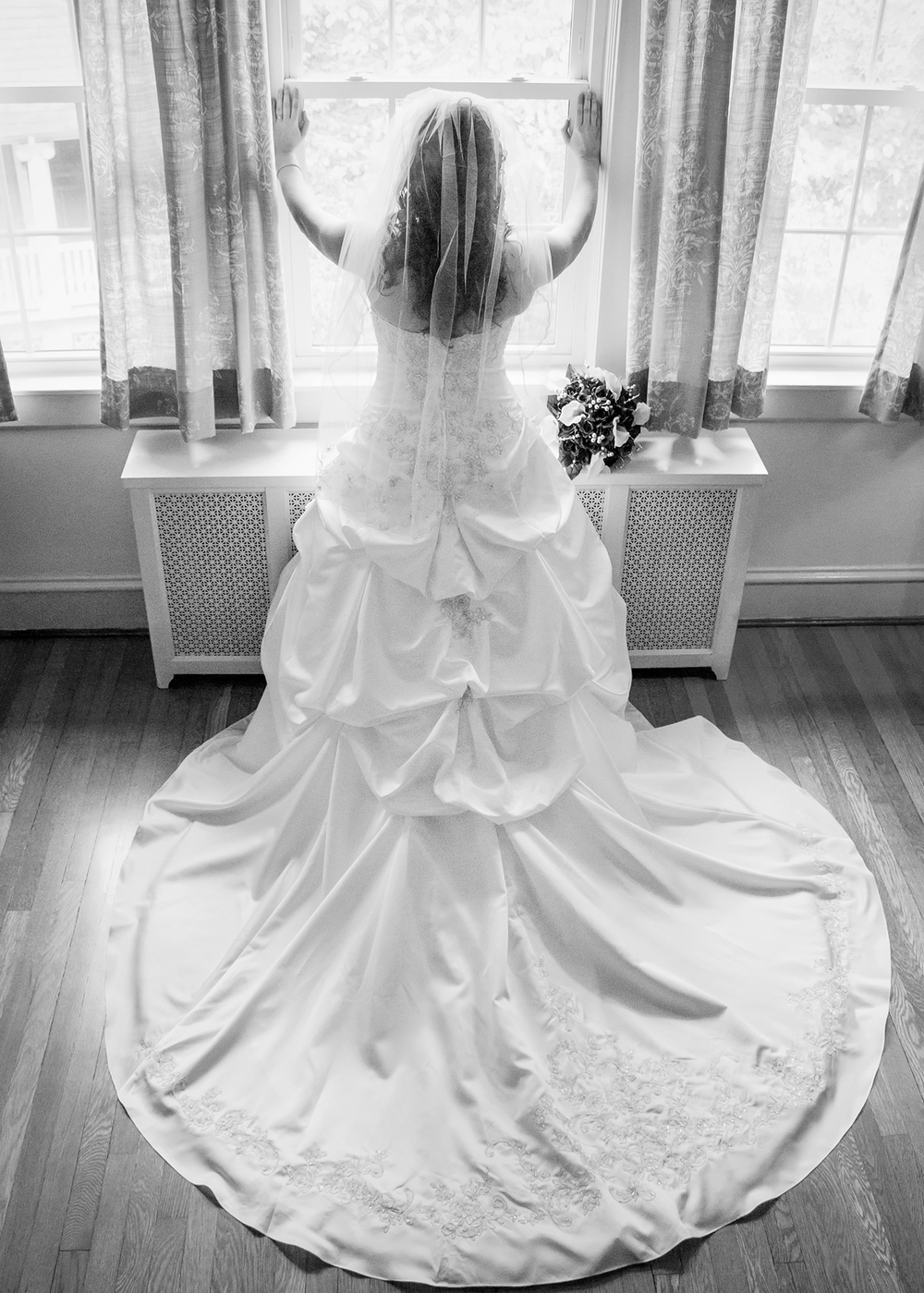 Alleghany Wedding Photography Bridal Pose
