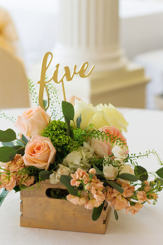 Flower arrangement | Homestead | Crystal Room | N. Nicely Photography