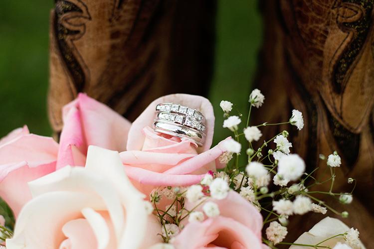 wedding-photographers-roanoke-virginia-ring-details