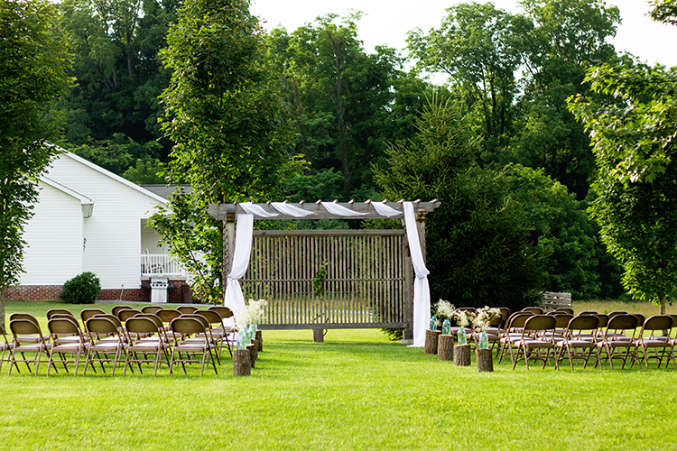 wedding-photography-ceremony-venue-falling-springs