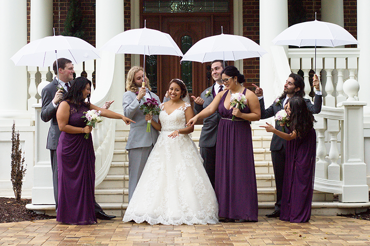 bella-rose-plantation-wedding-lynchburg-virginia-bridal-party-fun-pose-main-house