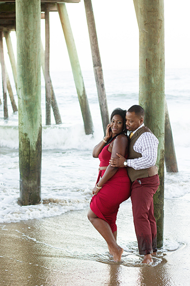 beach-engagement-session-under-pier-virginia-beach-virginia